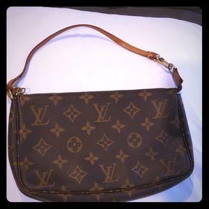 Louis Vuitton Pochette Accessories Bag